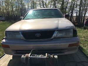 Toyota Avalon for parts