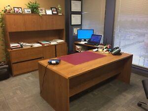Mobilier de bureau et accessoires