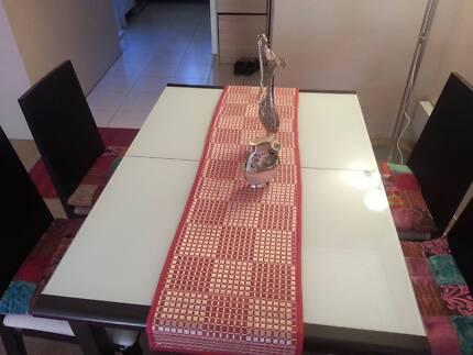 Dining Table (5 piece extension set) URGENT SALE Homebush West Strathfield Area Preview