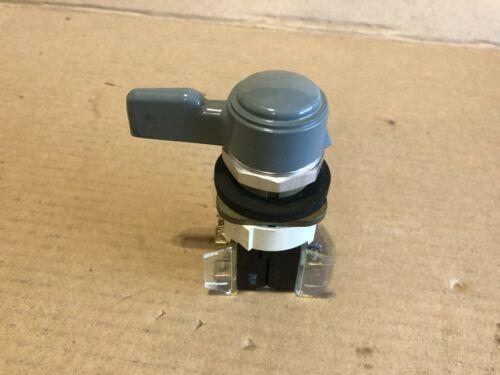 Allen Bradley, Selector Switch, 3 Position 800T-JG141KD7B