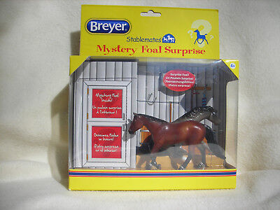 2015 Breyer Stablemates Mystery Foal Surprise Includes 2 Horses & Foal NEW