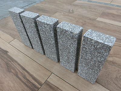 stein granitstein palisade naturstein randstein granit mauer kantenstein buy at. Black Bedroom Furniture Sets. Home Design Ideas