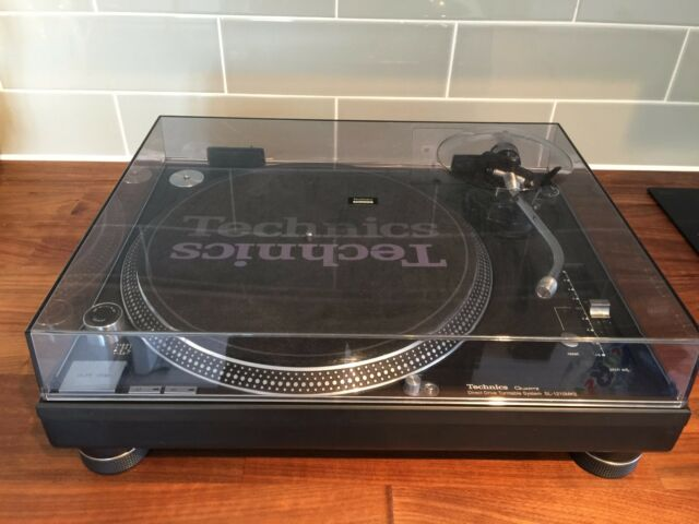 Technics SL-1210MK5 Direct Drive Turntable System Boxed Excellent Condition