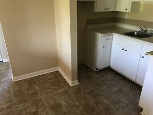 8 SHAMROCK CRT UNIT 23  **HEAT AND HOT WATER INCLUDED