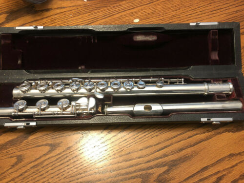 Yamaha YFL 581 925 Solid Silver Flute with EC Silver Headjoint