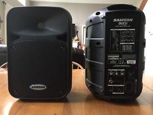 Samson Auro Powered Pa Speakers. ( SOLD )