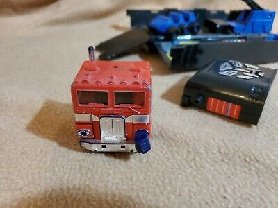 Transformer G1/G2 Optimus Prime with Trailer and working Sound Box, missiles