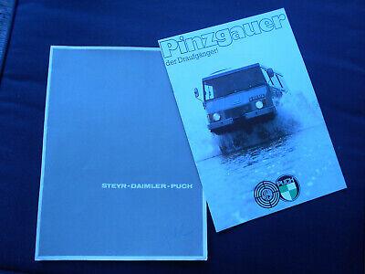 Steyr Daimler Puch : Pinzgauer . Prospekt in Hochglanzmappe