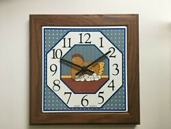 Elgin Quarts Wall Clock Country Rooster Vintage Pre-owned