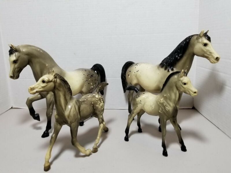 Lot Of 4 Vintage BREYER HORSES Special spots 9×10 & 7x7 Stallion family rare HTF