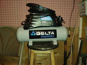 Delta Portable air compressor