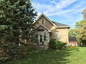 Ontario Cottage - 20 Acre Horse Hobby Farm in Stratford