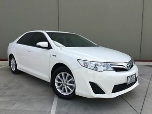 2014 Toyota Camry AVV50R Hybrid H Diamond White Automatic Campbellfield Hume Area Preview