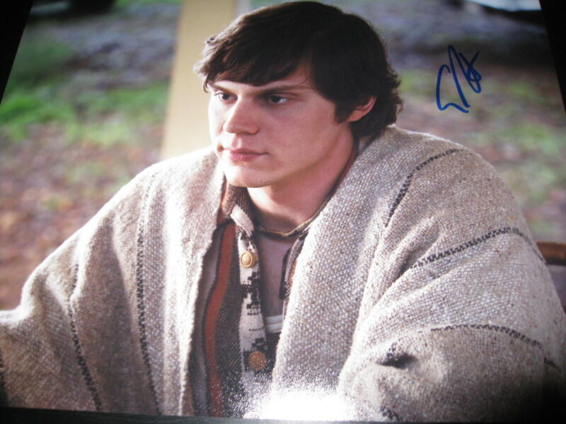 EVAN PETERS SIGNED AUTOGRAPH 8x10 AMERICAN HORROR STORY IN PERSON COA RARE NY F