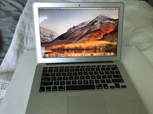 "Apple MacBook Air A1466 13.3"" Laptop - MD232LL/A (June, 2012)"