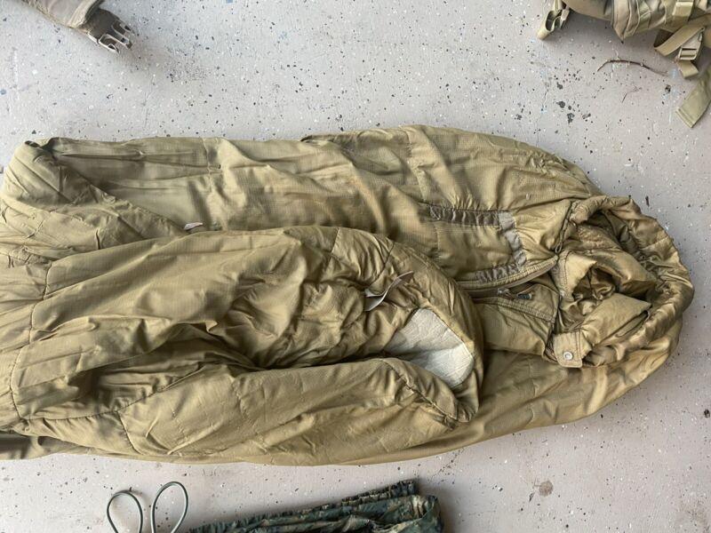 USMC 3 season sleeping bag Size: Regular