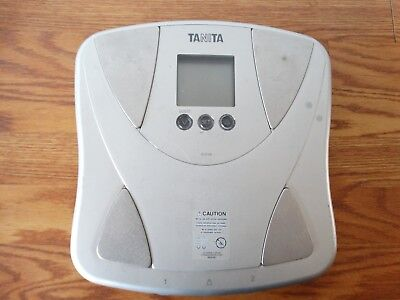 Tanita BF679W Duo Weight Scale Plus Body Fat Monitor Body Water Comp Edge