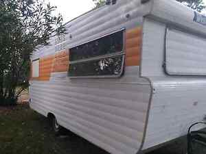 1977  VISCOUNT 15FT CARAVAN Tahmoor Wollondilly Area Preview