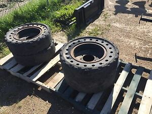 REDUCED Solid rubber demolition tires (4)