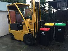 HENLEY ELECTRIC FORK LIFT Dandenong Greater Dandenong Preview