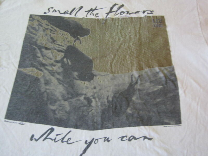 U2 SMELL THE FLOWERS VINTAGE TEE SHIRT XL