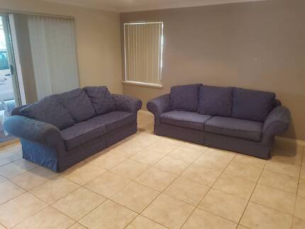 Matching couches in Beeliar