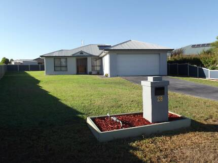 Great Family Home in Quiet Cul-de-sac Manilla Tamworth Surrounds Preview