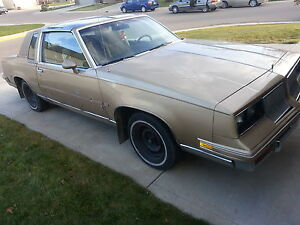 1986 Oldsmobile Cutlass Salon Coupe (2 door)