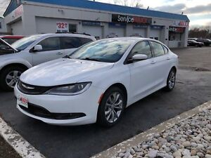 2015 Chrysler 200 S- REMOTE STARTER, HEATED FRONT SEATS