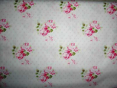 Rose Fabric, Cotton, DIY craft projects, Bedding, quilting squares, Fat quarters ()