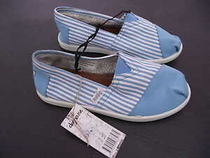 BNWT-Older-Girls-Ladies-Sz-6-Rivers-Doghouse-Brand-Blue-Stripes-Canvas-Shoes