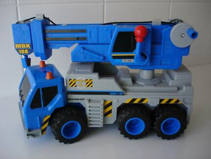 MATCHBOX CRANE TRUCK Murdoch Melville Area Preview