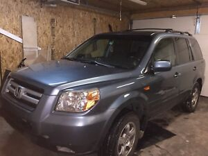 2007 Honda Pilot in excellent condition