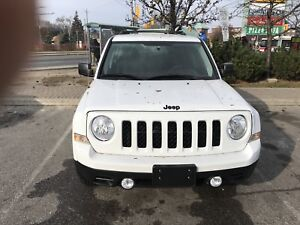 Selling my beautiful 2015 Jeep Patriot