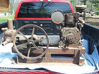 Antique Fairbanks Morse Water Piston Pump Hit Miss Engine Era Carriage Motor