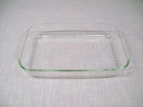 "Vintage Pyrex - Glass 9"" x 13"" Baking Dish"