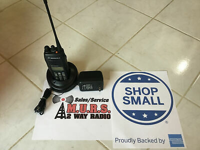 Motorola Ht1550xls Aah25rdn9du8an 403-470 Mhz Uhf 160 Channel Plus Ltr 4 Watt