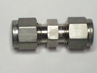 1 - Swagelok Stainless Steel Union Fitting 14 Tube X 14 Tube Ss-400-6