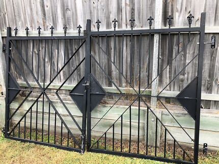 Aluminium Gates - Pair Heritage Park Logan Area Preview