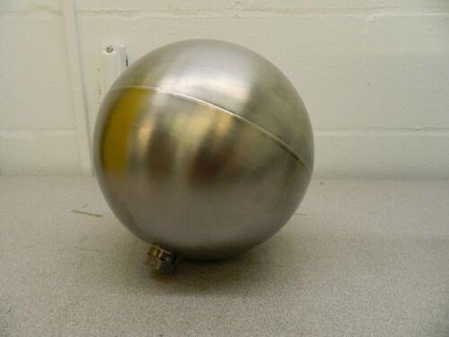 "Pro-Grade Spherical Hex Spud Connection Metal Float 8"" Diam 07439060"