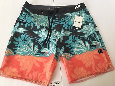 """9a326e48e9 NEW RIP CURL MIRAGE WATCHTOWER BOARDSHORTS SIZE 34 MID LEG 19"""""""