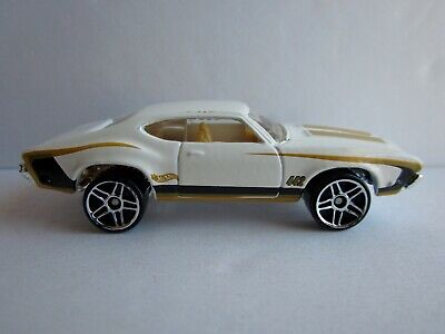 HOT WHEELS OLDS 442 W-30 #242 FROM THE 2000 MAINLINE SERIES PR5 WHEELS