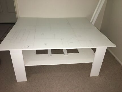 Large Lego kids table with detachable ramp