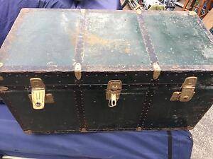 Vintage shipping trunk Umina Beach Gosford Area Preview