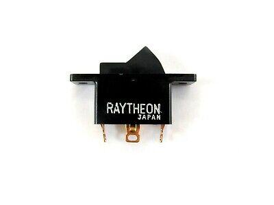 On On - Spdt Rocker Switch - 10a 125v - 6a 250v - Raytheon Hsl110d-1