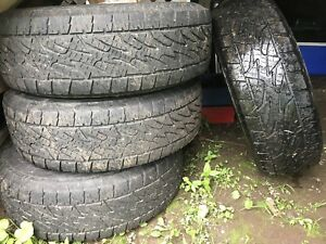 P265 / 70 R17 All terrain tires Bridgestone set of 4