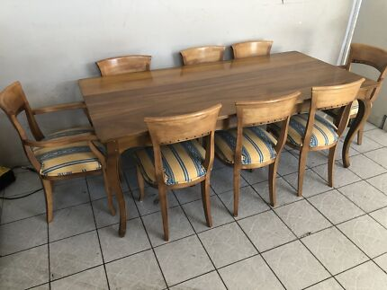Dining Table And Eight Chairs 850 Negotiable Osborne Park