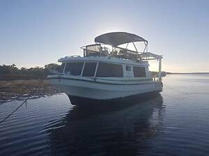 cruiser leisureliner 8.0 mtr Jacobs Well Gold Coast North Preview