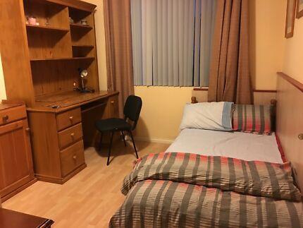 room in KEWDALE !!!
