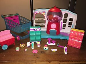 Large lot of Shopkins and Shoppies